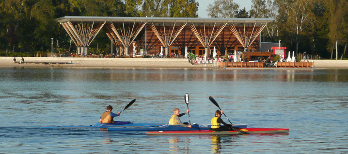 canoes at the Allersee lake (photo: Wolfsburg AG)